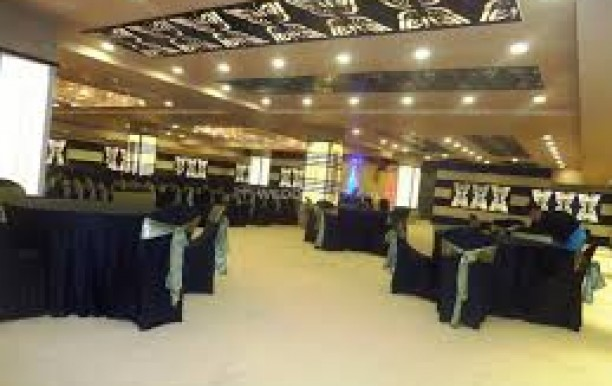 aagra-banquets-shree-balaji-agora-mall-4.jpg