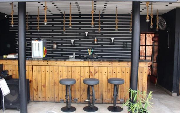 bar-area.JPG