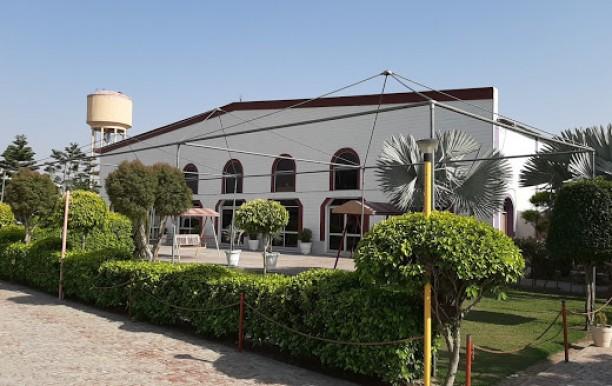 gandhi-palace1.jpg