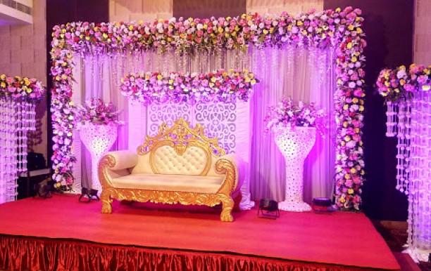 golden-iris-banquet9.jpg