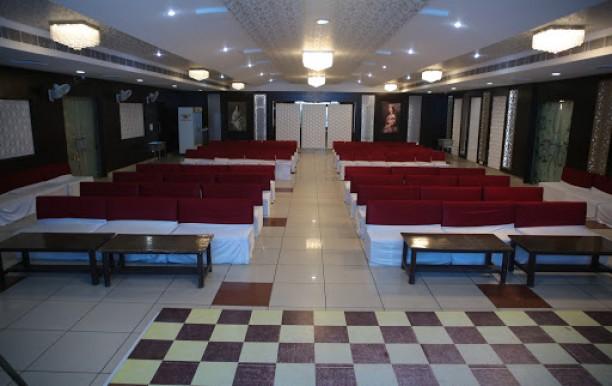 hotel-ghajini-banquet-hall.jpg