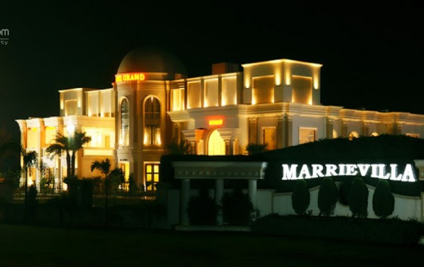 hotel-grand-marrievilla1.jpg