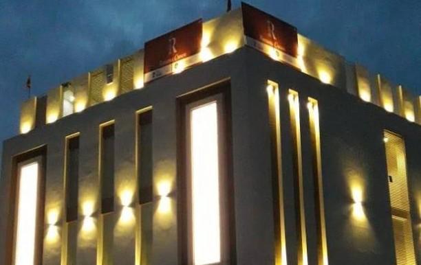 hotel-ramson-crown-front.jpg