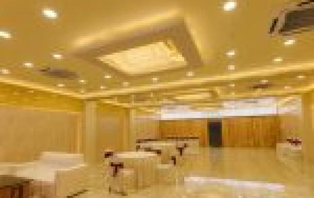 Hotel Ratana International