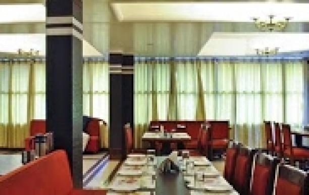 hotel-star-regency.jpg