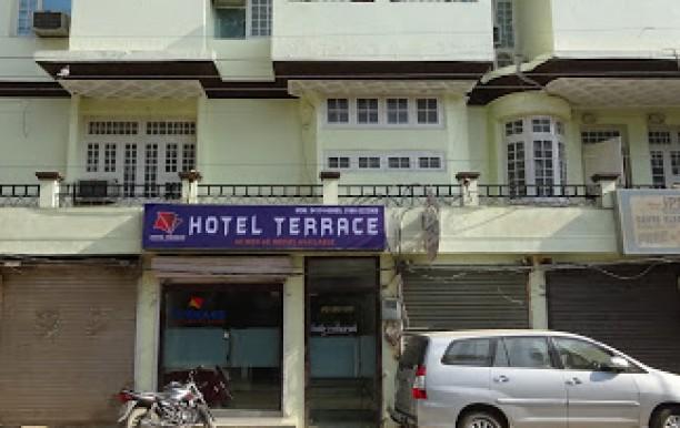 hotel-terrace.JPG