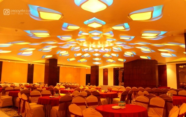 hotel-vennington-court-in-raipur-02.jpg