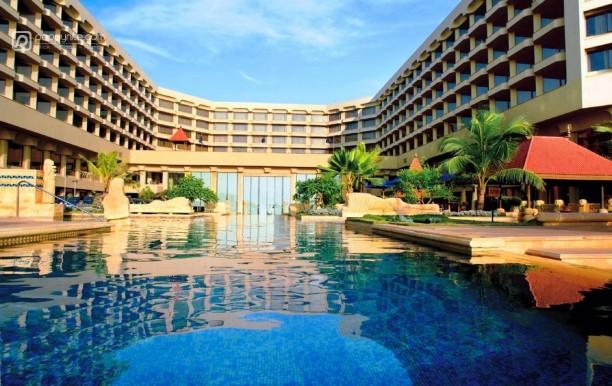 jw-marriott-hotel-mumbai-exterior.jpg