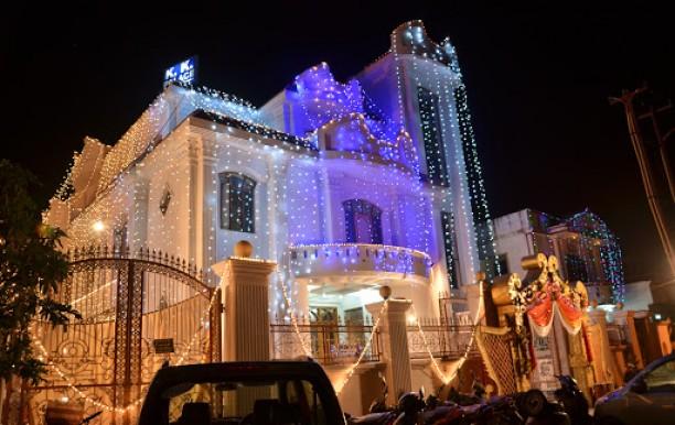 K K Palace