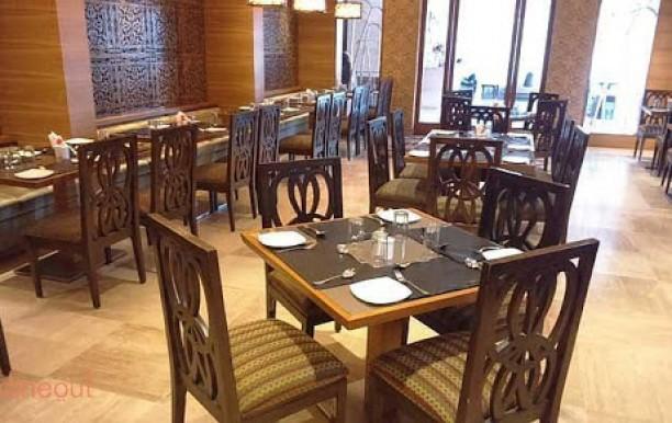 leaf-restaurant1.jpg
