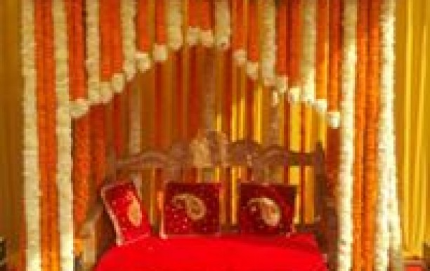 oodles-hotel-chattarpur-1.jpg