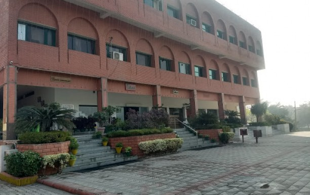 Pallavi Hotel And Banquets