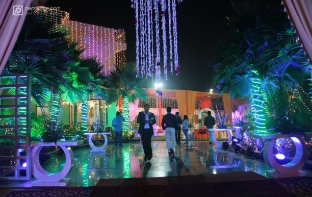 ss-grand-party-lawn-and-banquet-noida-delhi.jpg