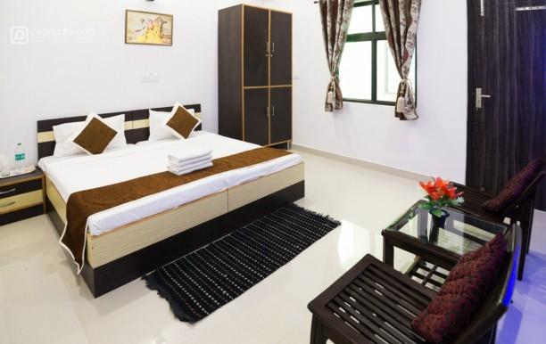 Taj Niwas Home Stay