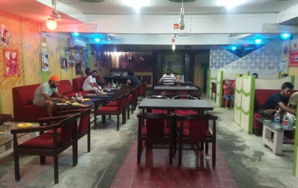 tandoori-bytes-party-hall.jpg