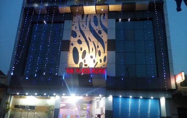 the-plaza-hotel3.jpg