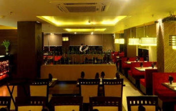 the-yellow-chilli-mangal-pandey-nagar-meerut-indian-restaurants-45y1lus.jpg