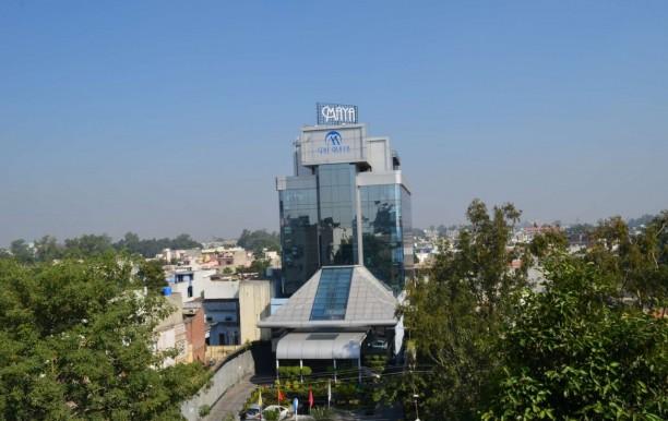 the_maya_hotel_civil_lines_jalandhar_hotels_front_area.jpg