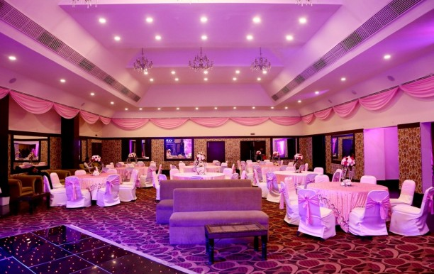 vibe-by-the-lalit-banquethall.jpeg